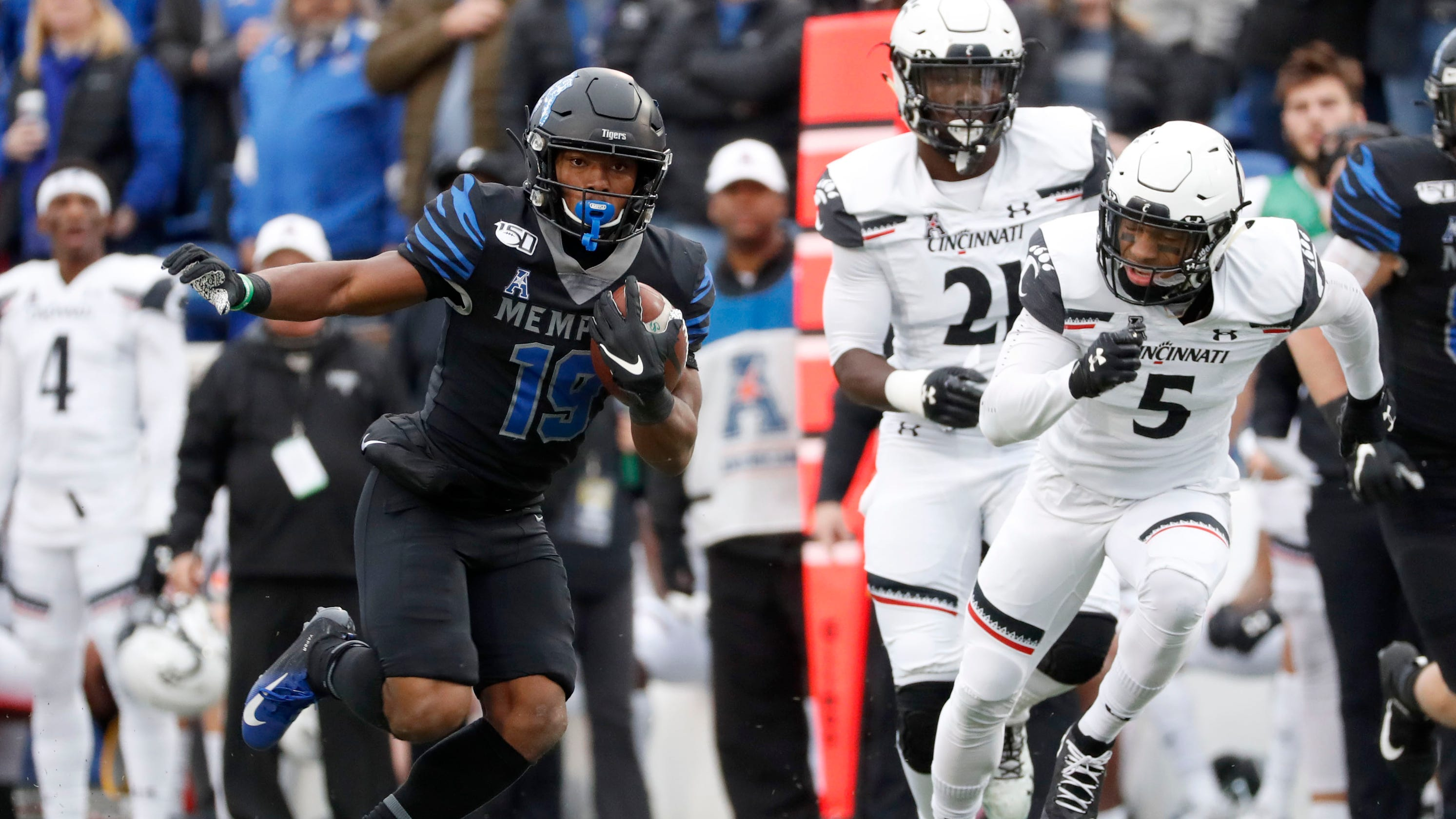 Memphis Football Moves Up To 17 In College Football Playoff