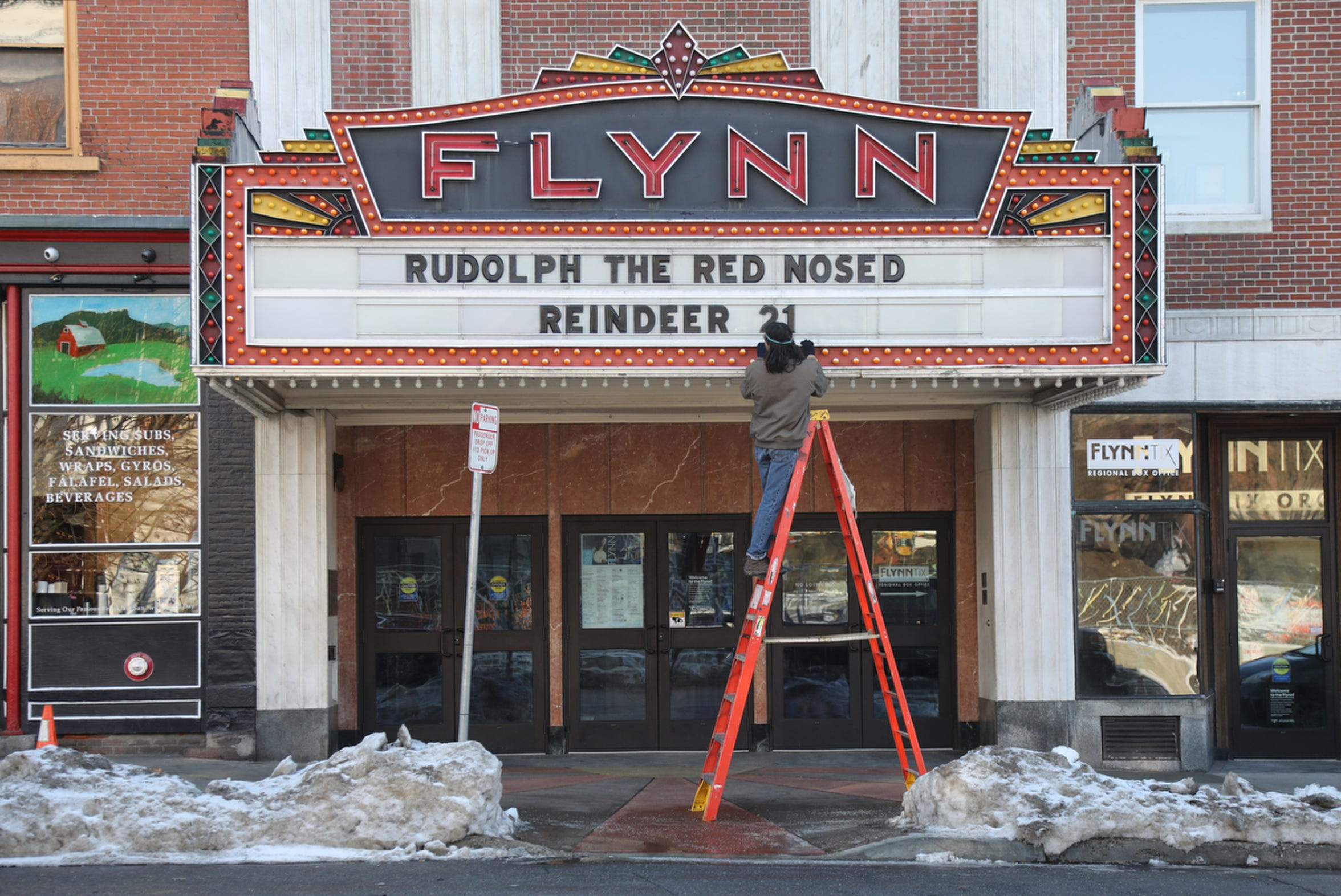 The Flynn Theater on Main St. gets ready for the holiday season.
