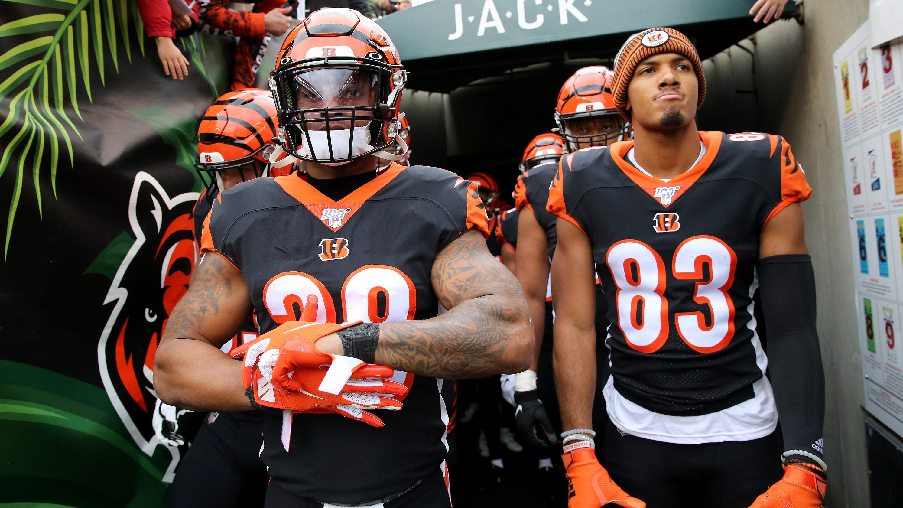 Tyler Boyd, Joe Mixon, Chad Ochocinco respond to Bengals-bashing from national media thumbnail