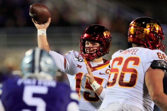 Iowa State quarterback Brock Purdy (15) passes to a teammate during the first half of an NCAA college football game against Kansas State in Manhattan, Kan., Saturday, Nov. 30, 2019. (AP Photo/Orlin Wagner)