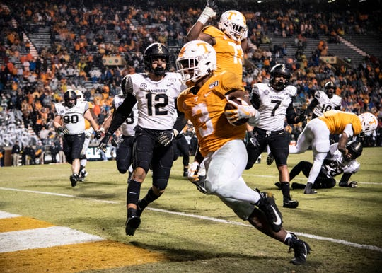 Tennessee running back Eric Gray piled up 246 rushing yards in a win over Vanderbilt last week, earning him SEC Freshman of the Week honors.