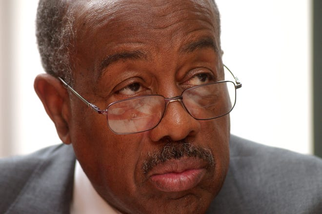 Christian Methodist Episcopal Church Bishop William H. Graves died at 83 on Nov. 30. The national religious leader, who served in Memphis, was a NAACP National Board Member. He was also the first African-American member on Tennessee Valley Authority Board.