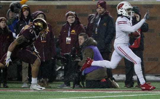 Wisconsin wide receiver Kendric Pryor runs 26 yards for a touchdown Saturday.