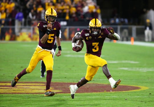 Arizona State Sun Devils running back Eno Benjamin (3) runs with the ball against Arizona in the second half of the 93rd Duel in the Desert on Nov. 30, 2019 in Tempe, Ariz.