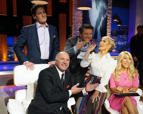 """Sharks Mark Cuban, Kevin O'Leary, Robert Herjavec, Barbara Corcoran and Lori Greiner had some fun getting ready for the holidays on """"Shark Tank."""""""