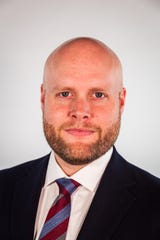 Jake Woodford, secretary to the Board of Trustees and Special Assistant to Lawrence University president, has announced his candidacy for Appleton mayor.