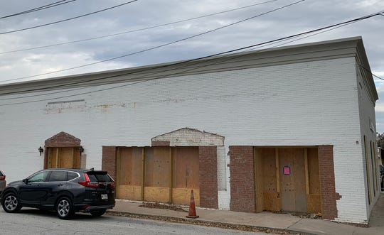 A building at the corner of Weston and Trade Streets in downtown Fountain Inn is planned to be converted into a new sports bar called Wingnutz.