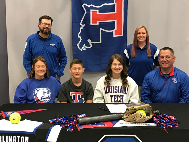 Sterlington infielder KB Briley signed a national letter of intent with Louisiana Tech on Monday.