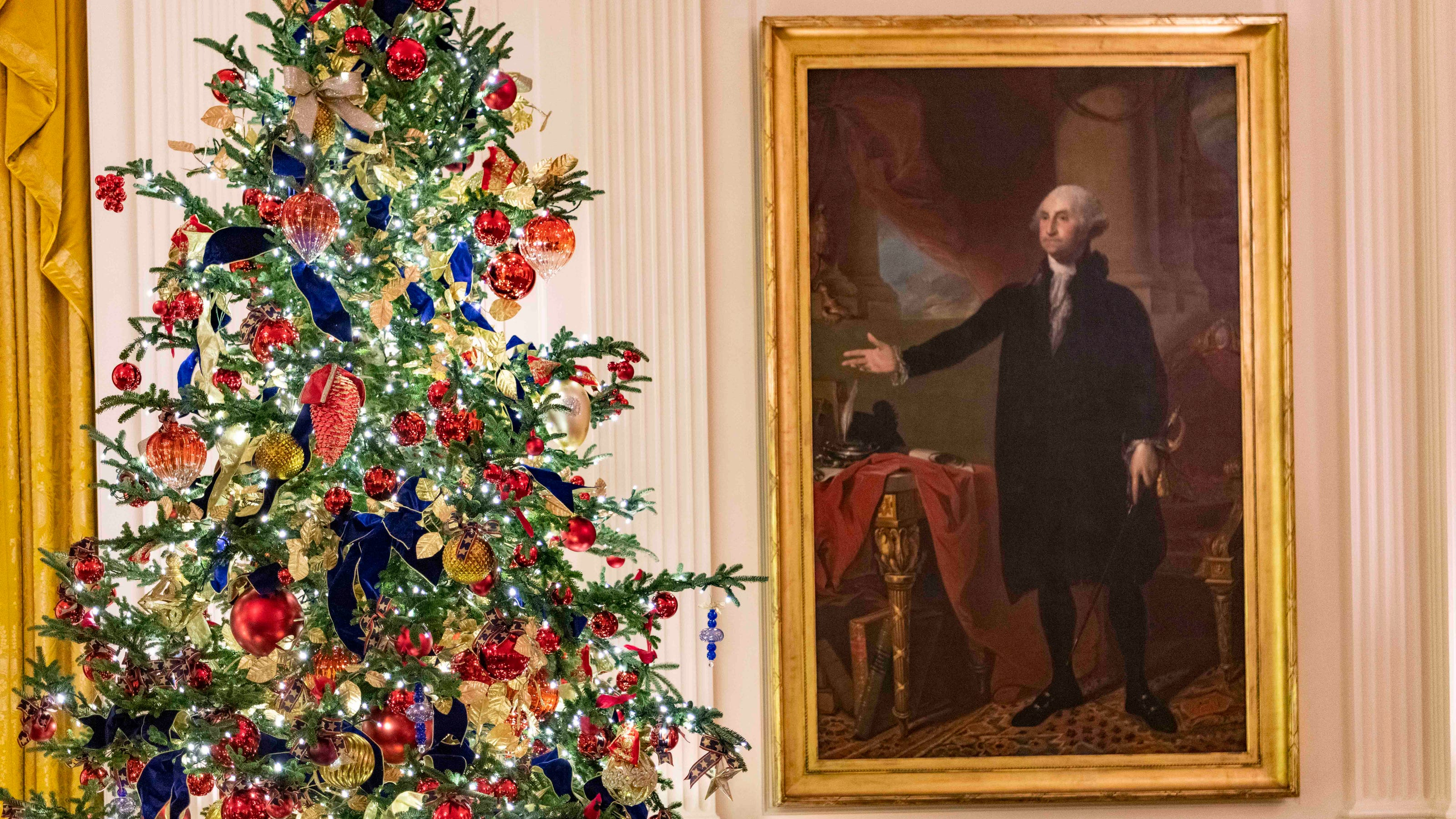 White House Christmas 2020 Handmaids White House Christmas 2019: Melania Trump unveils holiday decorations