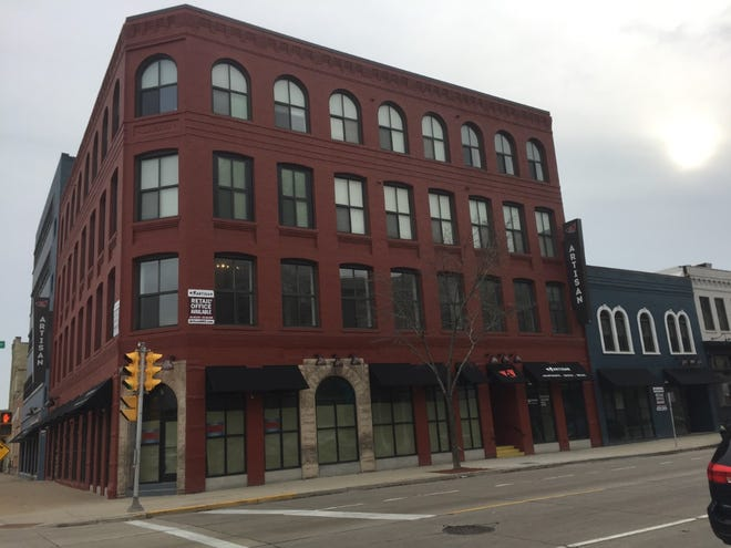 The Artisan, a mixed-use development at West Pittsburgh Avenue and South Second Street, has landed two new commercial tenants.