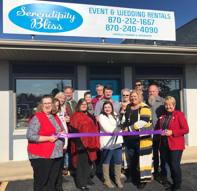 The Mountain Home Area Chamber of Commerce held a ribbon cutting Monday to celebrate the grand opening of Serendipity Bliss, located at 355 Highway 5 North in Mountain Home. Serendipity Bliss is an event and wedding rental shop. They have table linens, runners, drapes, napkins, decor, props, and a small boutique. They are locally run and use local vendors for customized items. For more information visit their Facebook page at www.facebook.com/serendipityblissrentals.