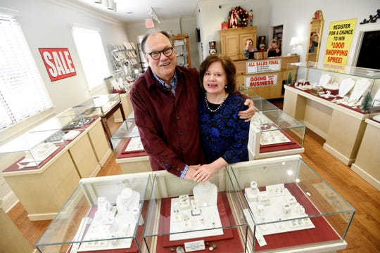 Longtime Shreveport jewelry store closing its doors after 35 years.
