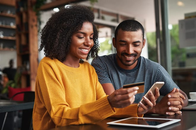 Checking accounts can offer many different benefits. Learn which perks you should be looking for.