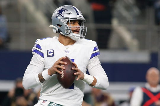 Cowboys quarterback Dak Prescott throws the ball in the first quarter against the Buffalo Bills at AT&T Stadium.