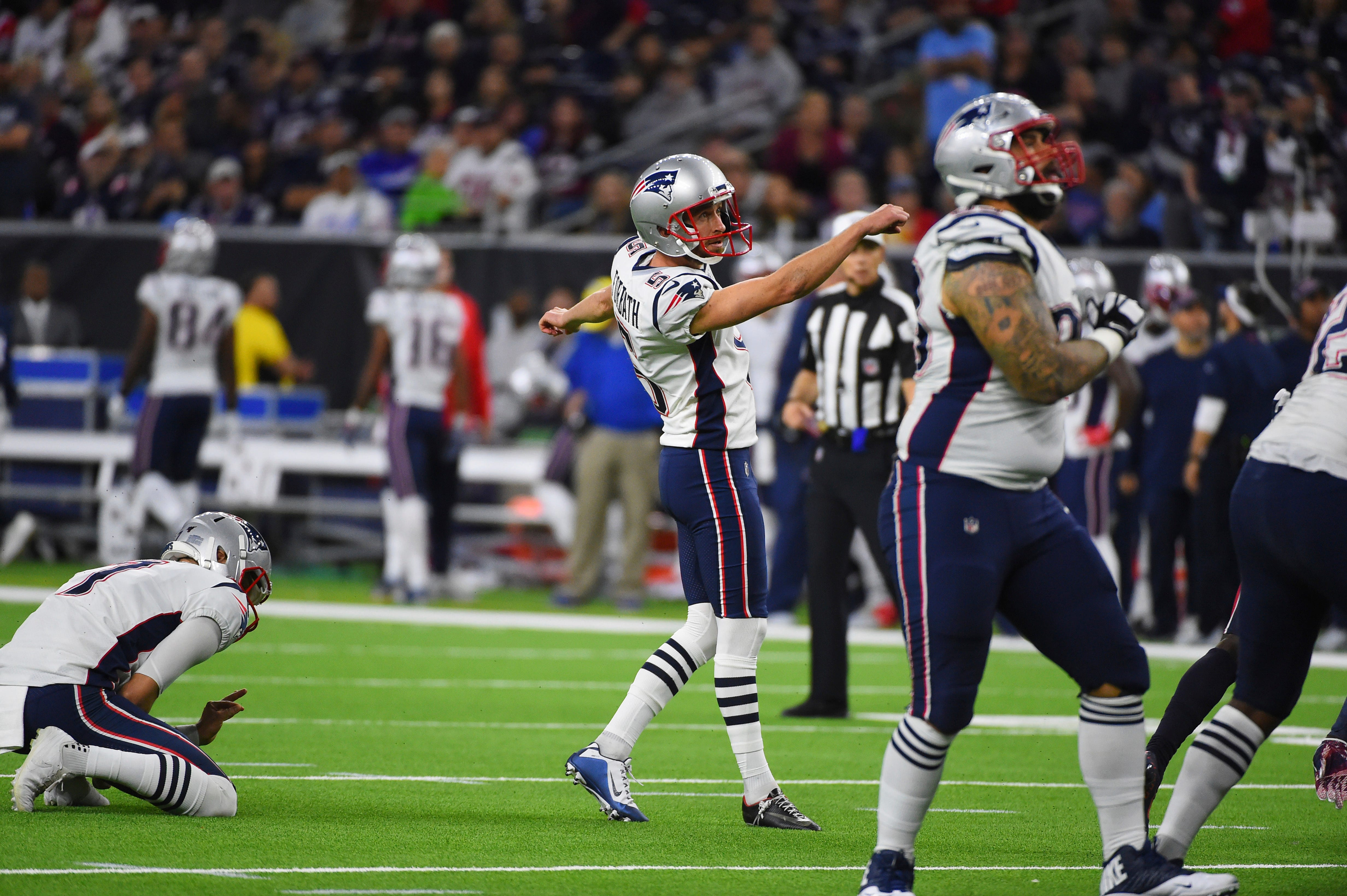 Patriots waive kicker Kai Forbath after one game