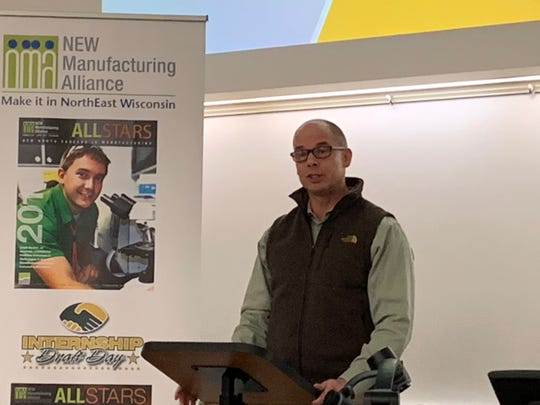 Jeff Anderson, president of Precision Paper Converters and chair of NEW Manufacturing Alliance, introduces the 2019 Manufacturing Vitality Index survey results.