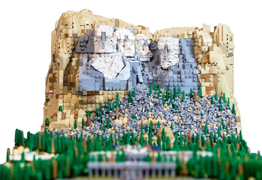 A massive LEGO model of Mount Rushmore will be featured at the BrickUniverse LEGO Convention at the Kentucky International Convention Center in 2020. Chicago-based LEGO artist Rocco Buttliere built the LEGO masterpiece with over 22,000 LEGO bricks.