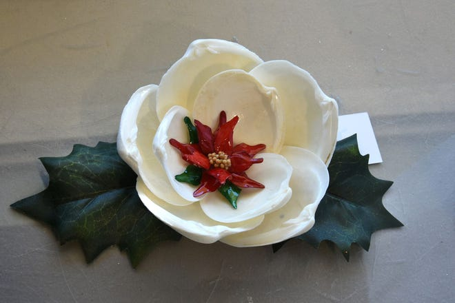 The Marco Island Shell Club has scheduled its Annual Holiday Shell Art Sale.