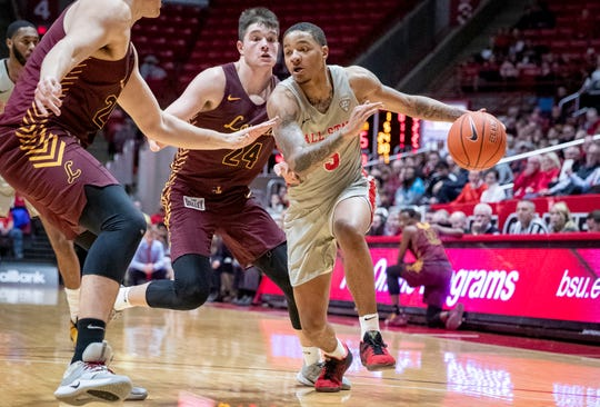 Ball State's Ishmael El-Amin drives against Loyola Chicago. The Ramblers defeated the Cardinals 70-58.