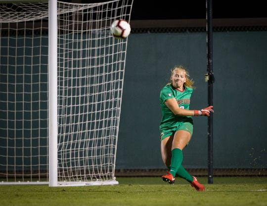 Freshman goalie Katie Meyer hasn't had to make many saves in helping the No. 1 Stanford University women's soccer team reach the NCAA Division I College Cup this weekend in San Jose. But the Newbury Park High graduate contributes with her communication and ball distribution.