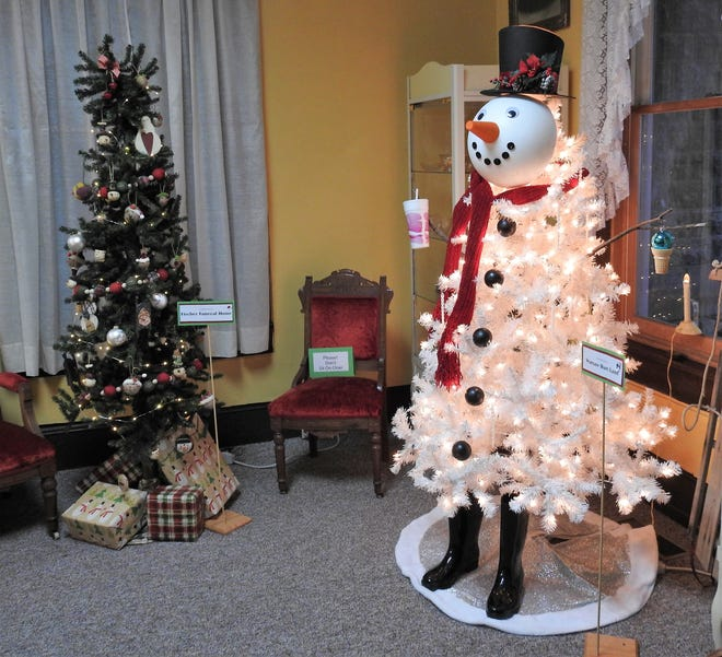 Entries from Fischer's Funeral Home and the Warsaw Dari-Land for the Festival of Trees at the Walhonding Valley Historical Society.
