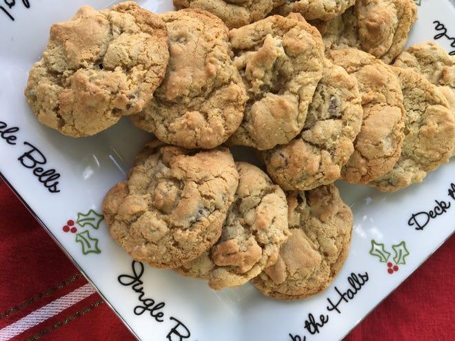 Chocolate Chip Crisp Cookies