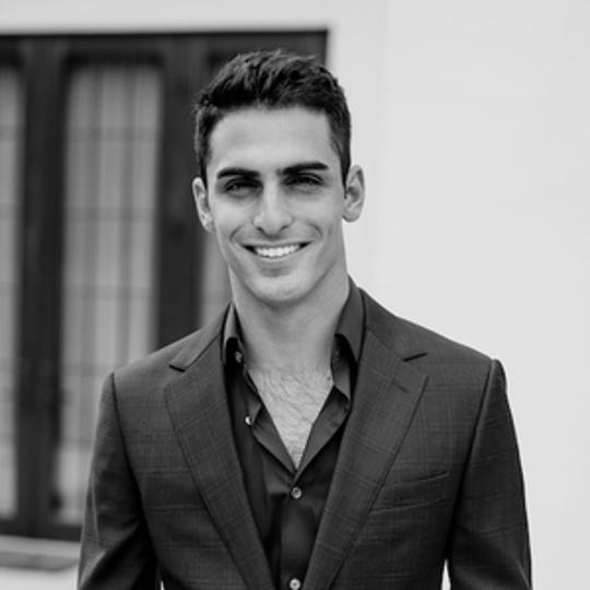Zander Diamont is a luxury real estate agent in Los Angeles.