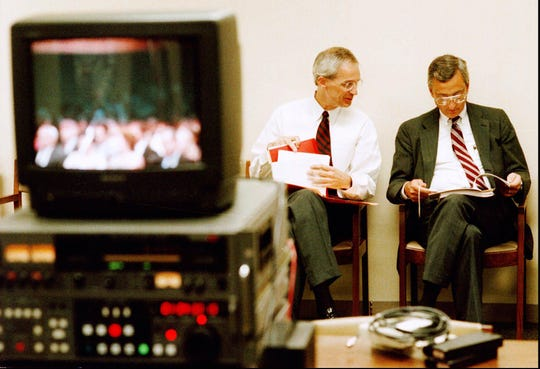 Indiana Supreme Court Justices Frank Sullivan, left, and Ted Boehm look over case notes, Thursday Sept. 5, 1996, shortly before hearing the sentencing appeal of Matthew Eric Wrinkles in Evansville, Ind.