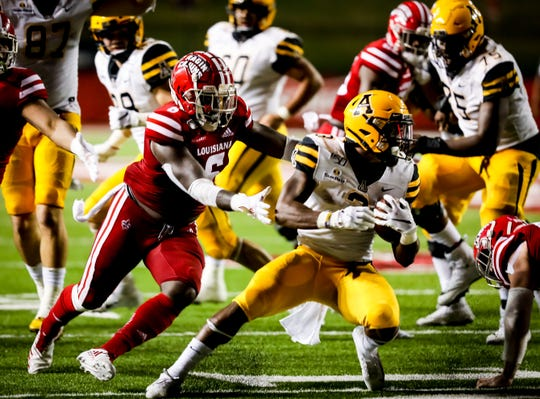 Ragin' Cajuns linebacker Kris Moncrief closes in on a tackle during UL's October loss to now-No. 20 Appalachian State.