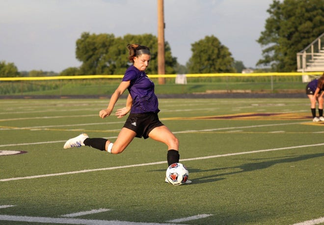 Bloom-Carroll senior Makenzee Mason is the 2019 Eagle-Gazette Soccer Player of the Year.