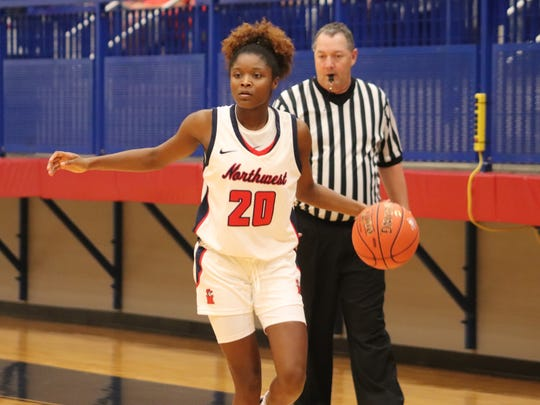 Former East hoops star Kayla Freeman fits right in at NW Mississippi