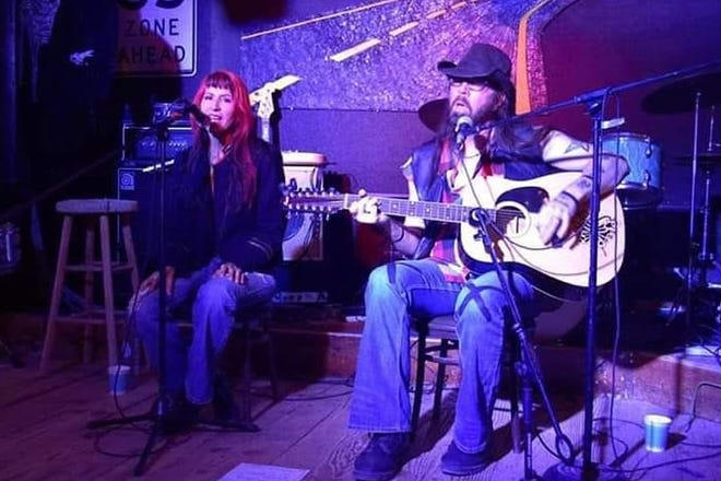 Cynna Luchia and Greg Gendron of Sticky Doll perform an acoustic set.