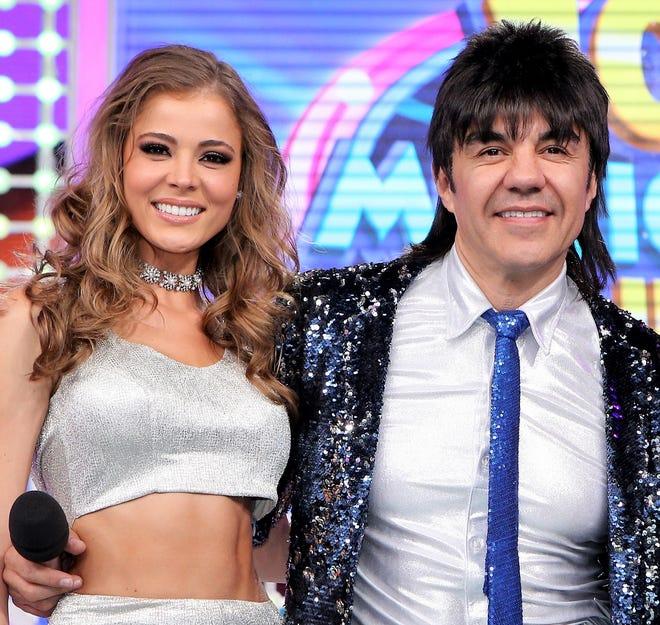 """Adrián está muy enamorado de Thuany, quien lo acompaña en """"100 Mexicanos Dijieron""""."""
