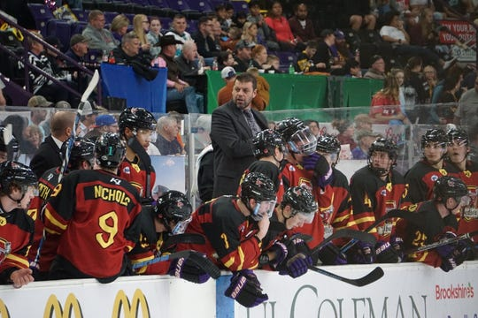 Mudbugs associate head coach Rich Parent (center) and Shreveport begin an eight-game home stand on Friday.