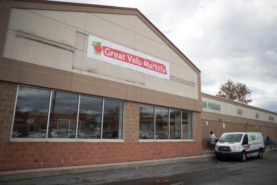 A Great Valu Markets sign has gone up where Fresh Grocer used to be in the Adams Four Shopping Center in Wilmington's West Center City neighborhood.