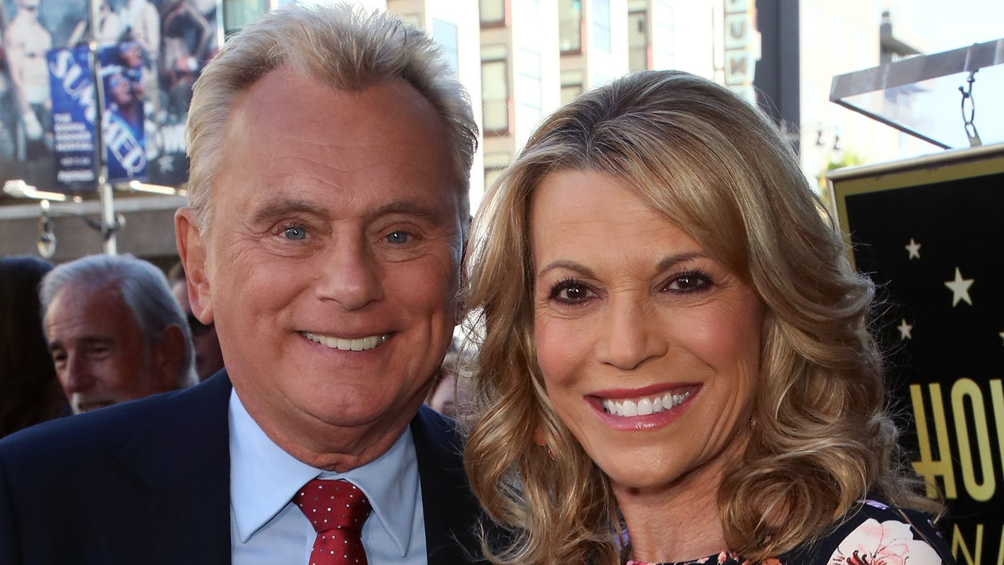 Pat Sajak accidentally solves puzzle during 'Wheel of Fortune' bonus round. Did you catch it?