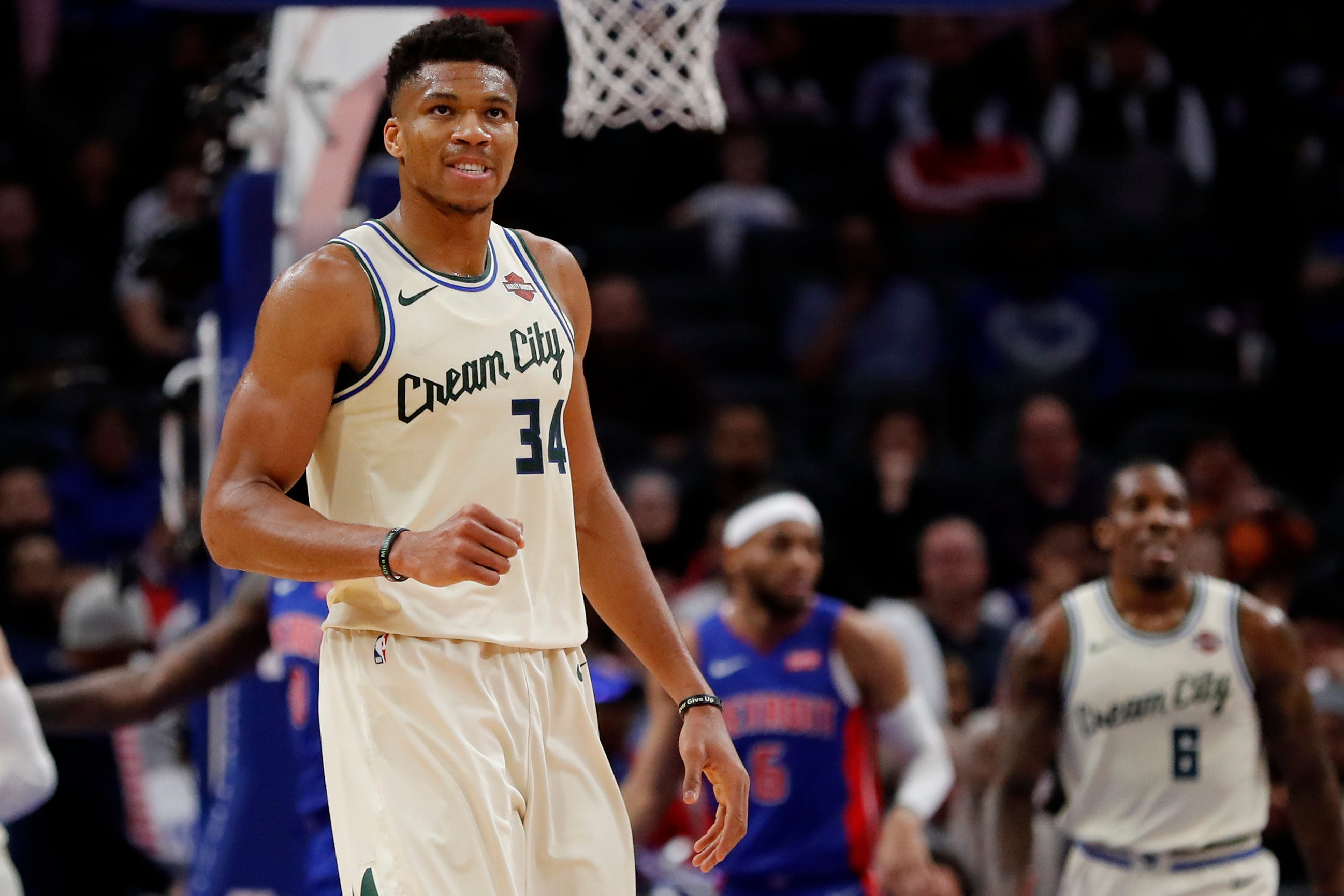 NBA hot topics: Is Giannis Antetokounmpo on repeat MVP path? Will Melo maintain momentum?