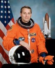 NASA astronaut Richard Linnehan gives a talk Dec. 14 in southern Vermont.
