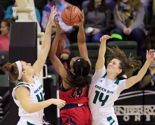 UWGB guard Meghan Pingel (14) has missed the last two games with a leg injury. She is one of several injured players for the Phoenix this season.