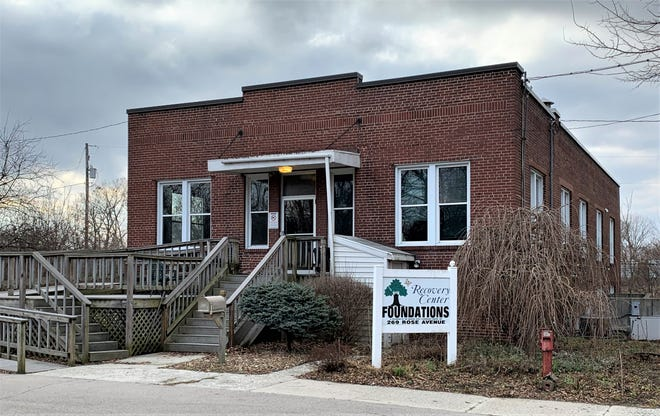 The Marion County Commissioners are negotiating the terms of a lease for the facility at 269 Rose Avenue in Marion that would be home to the proposed Rose Avenue Community Alternative Center. It will house inmates serving sentences for misdemeanor crimes.