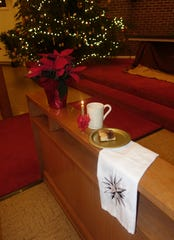 Covenant Moravian Church will hold its Community Christmas Candlelight Lovefeast on Sunday.