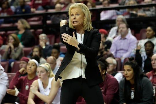 Florida State Seminoles head coach Sue Semrau calls a play. The Florida State Seminoles beat the Michigan State Spartans 78-68 on Thursday, Dec. 5, 2019.