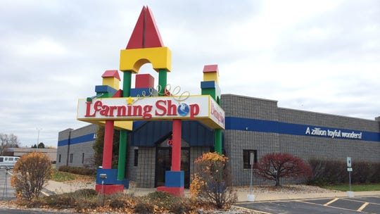 Learning Shop has five locations around the state that will close, including its 26-year-old store at the corner of College Avenue and Casaloma Drive in Grand Chute.