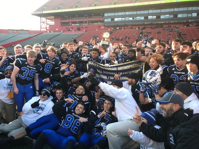 The Williamstown High School football team captured the South/Central Group 5 Regional Championship with a 30-14 victory over Cherokee on Saturday at Rutgers University.
