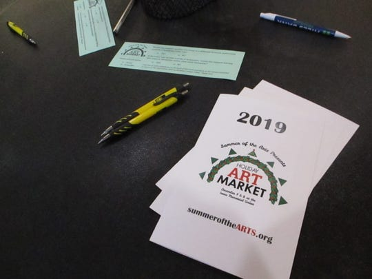 A program and survey at the 2019 Holiday Art Market in the IMU, its first year replacing the Holiday Thieves Market.