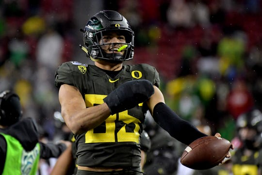 Oregon Ducks linebacker Troy Dye (35) reacts during the second half of the Pac-12 Conference championship game against the Utah Utes at Levi's Stadium.