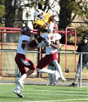 Salisbury University receiver Octavion Wilson goes for a catch on Saturday, Dec. 7, 2019 during the NCAA quarterfinal round.