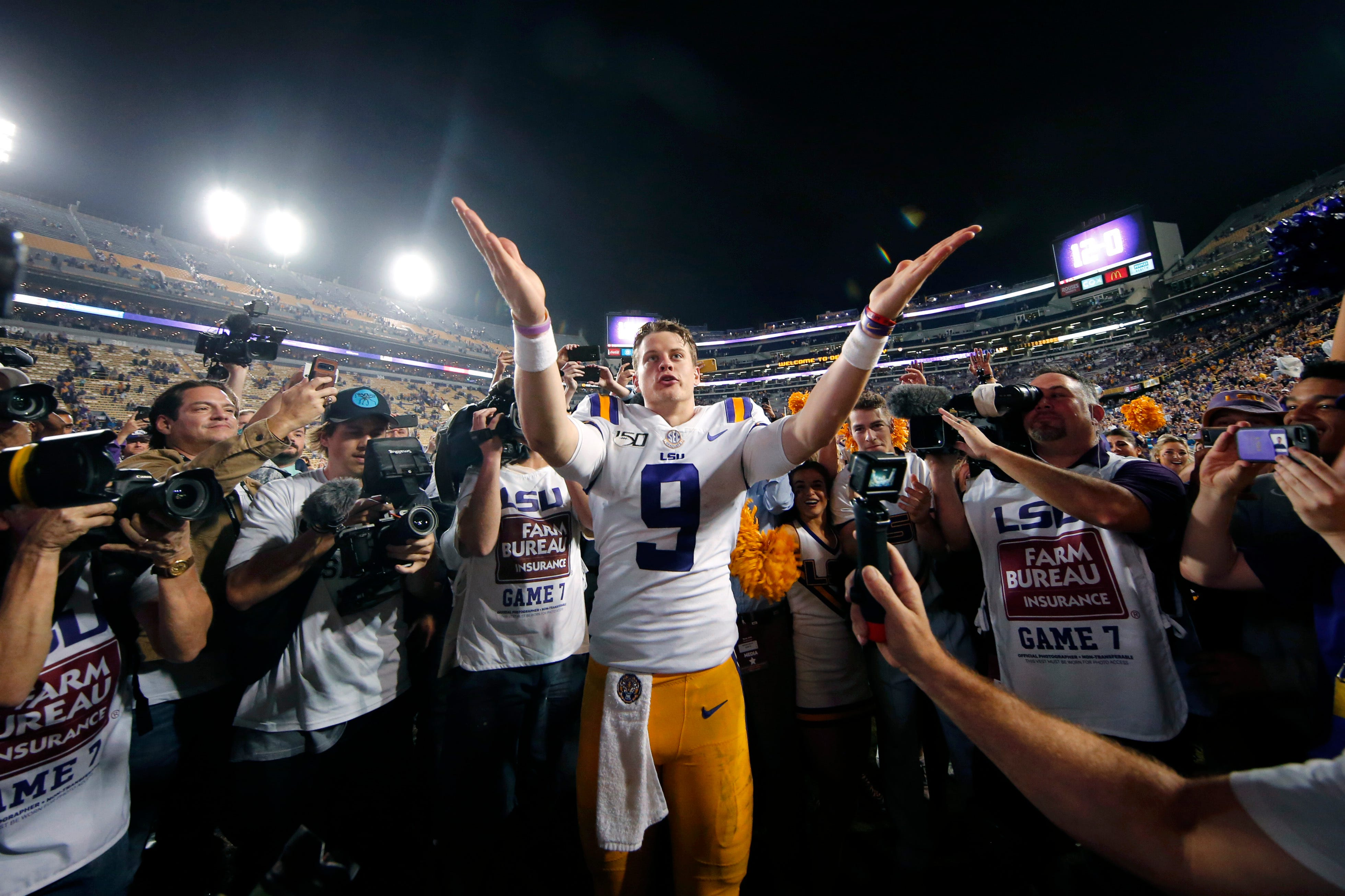 LSU Tigers' Joe Burrow before SEC championship vs. Georgia: 'Don't need a phone. I got a game to play'