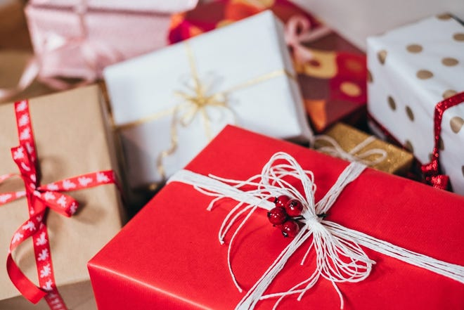 While gift cards are always a good emergency backup, spend some time and save some money with these alternative gift ideas.