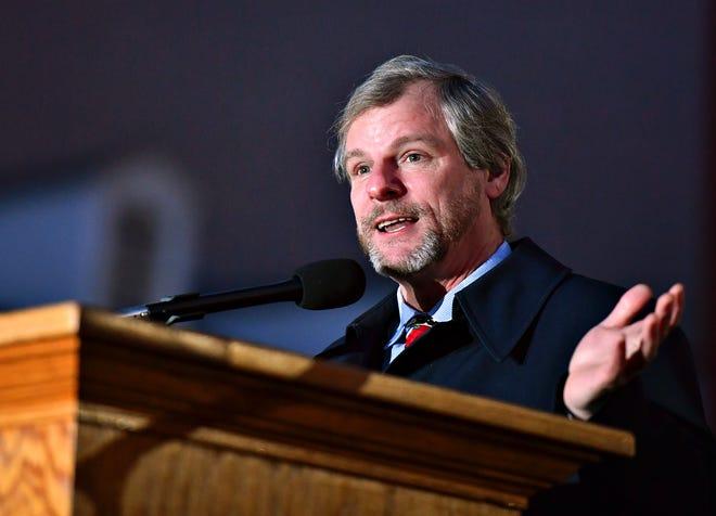 York City Mayor Michael Helfrich.